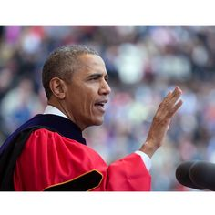 Former President Barack Obama gave a commencement address to the nation's high school seniors batch Here is what he had to say. First Black President, Former President, High School Classes, High School Seniors, Inflection Point, Dr Martins, Black Presidents, Class Of 2020, Event Organization