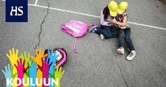 Kavereiden merkitys on koulumenestyksessä olennainen, kertoo tuore tutkimus. Porukassa tarttuvat sekä innostus, uupumus että tapa pinnata tunneilta. Ryhmärakenteita pitäisi kouluissa yhä enemmän hajottaa.