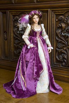 """Antique Lilac - """"Antonia""""  Exquisite Fashions for Asian Ball-Jointed Dolls by Martha Boers"""
