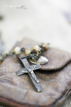 **Rosary with cross~ Rosary Beads, Prayer Beads, Holy Rosary, Rosary Catholic, Hail Mary, Amazing Grace, Belle Photo, Prayers, Faith