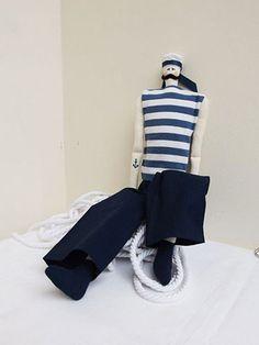 Marynarz / Sailor - re'art Pracownia Tkaniny i Rękodzieła
