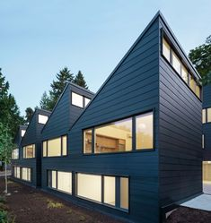 Sawtooth / Waechter Architecture