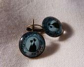 """Boucles d'oreille en bronze """"un portrait de chat"""" : Boucles d'oreille par a-fleur-de-perles"""