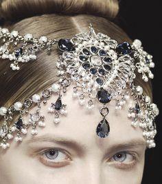 jewels at alexander mcqueen.