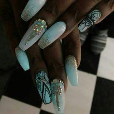 @ IIIannaIII  Glow in the dark nails