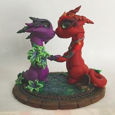 Nose nuzzles. #polymerclay #polymerclaydragon #caketopper #dragoncaketopper #weddingcaketopper #dragons