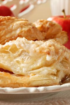 Apple Turnovers - Cook'n is Fun - Food Recipes, Dessert, & Dinner Ideas Apple Turnover Recipe, Turnover Recipes, Apple Turnovers, Blueberry Turnovers, Apple Strudel, Apple Pie, Apple Dessert Recipes, Apple Recipes, Just Desserts