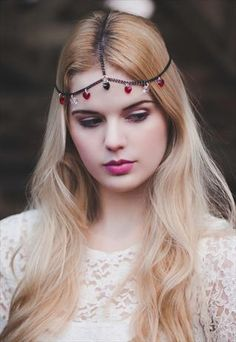 Chain Headpiece Chain Headdress with Queen Of Hearts Red, Clear and Bl – Beauxoxo- Handmade, Hair Accessories Chain Headpiece, Boho Headpiece, Wire Headband, Lace Headbands, Headdress, Bohemian Hair Accessories, Handmade Hair Accessories, My Hairstyle, Crown Hairstyles