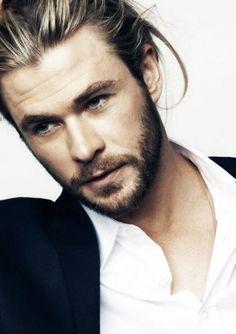 Chris Hemsworth skincare guide