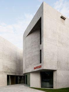 """""""montemurro aguiar's concrete bank mediates between historic swiss town & industrial context"""" Concrete Facade, Concrete Architecture, Exposed Concrete, Minimalist Architecture, Architecture Office, Architecture Details, Unique Buildings, Building Structure, Story House"""