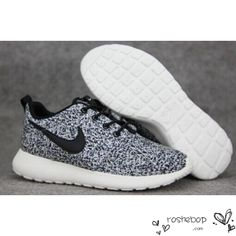 rualcb Nike Roshe Run Flyknit Trainer | Black / White / Dark Grey