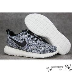 rualcb Nike Roshe Run Flyknit Trainer | Black / White / Dark Grey