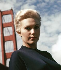 Kim Novak photographed on location during the filming of Vertigo Old Hollywood Stars, Golden Age Of Hollywood, Vintage Hollywood, Eva Marie Saint, Kim Novak, Actrices Hollywood, Vertigo, Girls Sweaters, Classic Movies