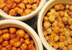 Fűszeres sült csicseriborsó | NOSALTY Vegan Vegetarian, Vegetarian Recipes, Chana Masala, Fine Dining, Baking Recipes, Curry, Food And Drink, Snacks, Vegetables