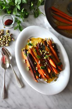 Glazed Carrots with Saffron, Pistachios and Mint by kitchenculinaire #Carrots #Saffron #Pistachios #Mint