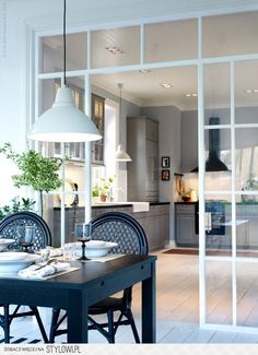 A glass wall between kitchen and living room is a perfect solution if you love open space but you need to divide the two rooms. Kitchen Interior, Interior And Exterior, Interior Design, Ikea Kitchen, Interior Windows, Kitchen Dining, Kitchen Cabinets, Glass Cabinet Doors, Window Wall