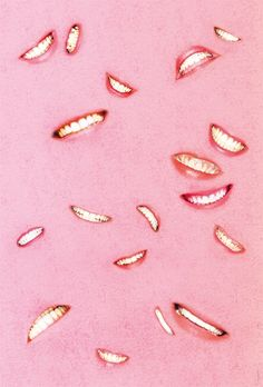 smile though your heart is aching Peach Blush, Blush Roses, Graphic Patterns, Print Patterns, Italian Posters, I Believe In Pink, Get Happy, Middle School Art, Erotic Art