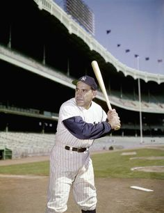 Happy birthday to New York Yankees icon Yogi Berra, who turns 89 on May Yankees Fan, New York Yankees, West Springfield, Lou Gehrig, Buster Posey, Yankee Stadium, Tampa Bay Rays, Derek Jeter, Oakland Athletics
