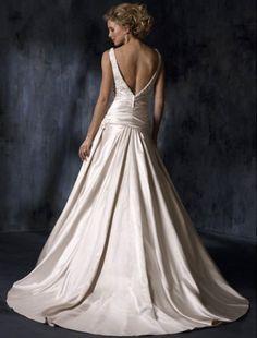 I've always a low-cut back wedding dress...