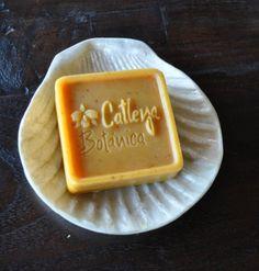 Catleya Botanica Soap Company finished Square soap bar. Company located in Venezuela. www.catleyajardin.com