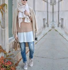 sporty-casual-hijab-style- Cute cozy winter hijab style http://www.justtrendygirls.com/cute-cozy-winter-hijab-style/