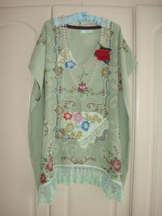 """Wonderful Sage Green Recycled Vintage Linen Tablecloth Caftan Tunic Deep V Embroidered Lace Plus Size Top Bust 66"""" XXL"""