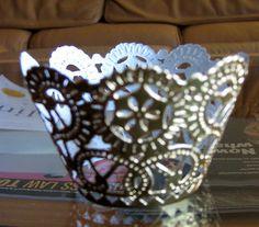 DIY Fancy Cupcake Holders! - Project Wedding