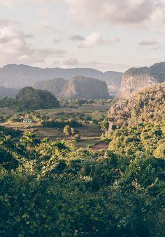 """""""Kuba: Das pittoreske Viñales-Tal"""" ein toller Blogbeitrag von Reisehappen.de"""