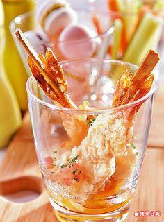 鮮蝦天婦羅160元 炸蝦外皮酥脆,芒果醬汁酸甜頗解油膩。
