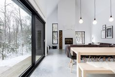 'Minimal Interior Design Inspiration' is a biweekly showcase of some of the most perfectly minimal interior design examples that we've found around the web - Scandinavian Architecture, Scandinavian Modern, Architecture Design, Interior Design Examples, Interior Design Inspiration, Daily Inspiration, Design Ideas, Chalet Quebec, Villa