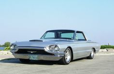 1965-Ford-Thunderbird