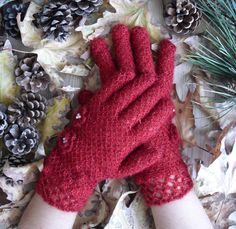 Hey, I found this really awesome Etsy listing at https://www.etsy.com/listing/214803931/red-fishnet-gloves-gloves-and-mittens