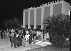 Opera patrons in the mid 1950s at War Memorial Auditorium - Photo courtesy of the Fort Lauderdale History Center