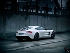 2013 aston martin one 77 full hd 4