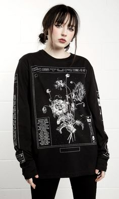 Poison Long Sleeve T-Shirt - product image Hipster Outfits, Edgy Outfits, Cute Outfits, Fashion Outfits, Fashion Tips, Fashion Trends, Kid Outfits, Fashion Videos, Fashion Hacks