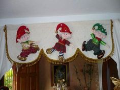 Don't care for the valance, but the elves are cute! Christmas Sewing, Christmas Fabric, Christmas Crafts, Christmas Ornaments, Christmas Ideas, Christmas 2019, Christmas Humor, Christmas Holidays, Crafts To Sell
