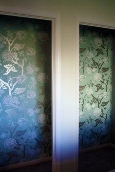 after spending the last 2 weeks stripping wallpaper, i would rather buy the paint roller with the design cut in and paint my closet like this :)
