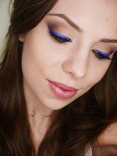 14dc58cc7bf Subtle brown eyeshadow with vibrant blue liner. Blue Liner, Brown  Eyeshadow, Makeup Geek