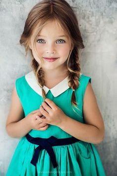 20 Beautiful Easy and Cute Hairstyles for Little Girls - coiffures petite fille - Little Girl Braid Hairstyles, Little Girl Braids, Girls Braids, Braided Hairstyles, Nice Hairstyles, Hairstyle Photos, Teenage Hairstyles, Cute Little Girls, Cute Kids