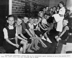 Brisbane schoolchildren waiting to be immunised against diphtheria, 1943 Riverside City, Port Arthur, State School, History Teachers, Tasmania, Historical Sites, Brisbane, World War, Vintage Photos