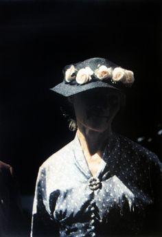 Saul Leiter, Women, New England c. 1958.  Howard Greenberg Gallery http://www.howardgreenberg.com/exhibitions/saul-leiter-women#14