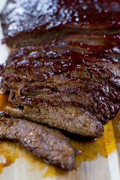 The Easiest Baked Brisket Recipe - Stuck On Sweet Easy baked brisket recipe that will leave you with a delicious meal. There is no need to smoke a brisket all night! Easy Brisket Recipe, Beef Brisket Recipes, Smoked Beef Brisket, Barbecue Recipes, Meat Recipes, Cooking Recipes, Smoked Ribs, Game Recipes, Beef Brisket Oven