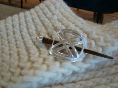 How To Loom Knit - Twisted Stockinette Stitch