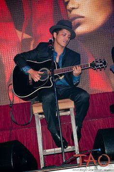 Bruno Mars, Las Vegas, TAO