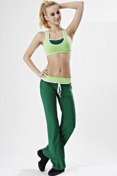 Fitness Slim Pants & Tube Top Vest Yoga Clothes Set  http://www.koogul.com/fitness-slim-pants-tube-top-vest-yoga-clothes-set-p59883.html