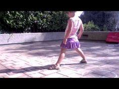 Kinderen leren hinkelen