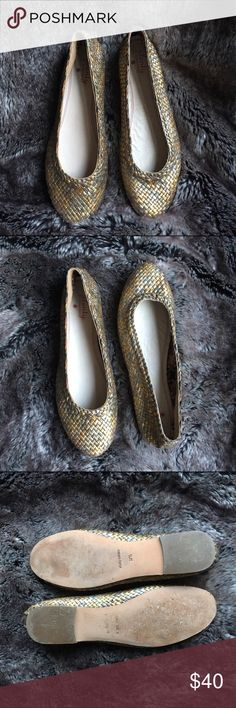 Emely Woven Tri-Tone Metallic Ballet Flats With a gold, bronze, and silver weave, these are sure to match with anything! Worn a handful of times. Make an offer! Plenty by Tracy Reese Shoes Flats & Loafers