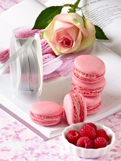 Pink raspberry macarons with white chocolate raspberry filling. So pretty and perfect for Valentine's Day.