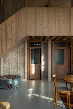 Practice Architecture worked alongside hemp farmers to erect this zero carbon home in Cambridgeshire, England, from pre-fabricated panels in just two days. School Architecture, Sustainable Architecture, Biomass Boiler, Timber Stair, Support Columns, Compact House, Solar Energy Panels, How To Level Ground, Simple House