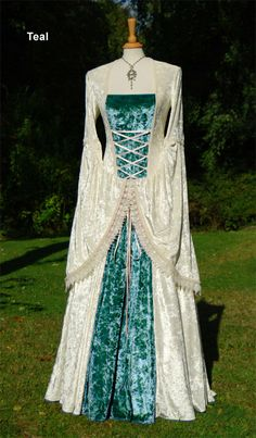 Romantic Fairytale Wedding Gown Medieval Dress by vendettacouture, €279.00